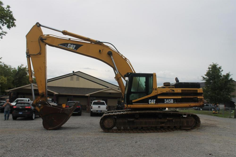 Detail photo of  Caterpillar 345B from Construction Equipment Guide