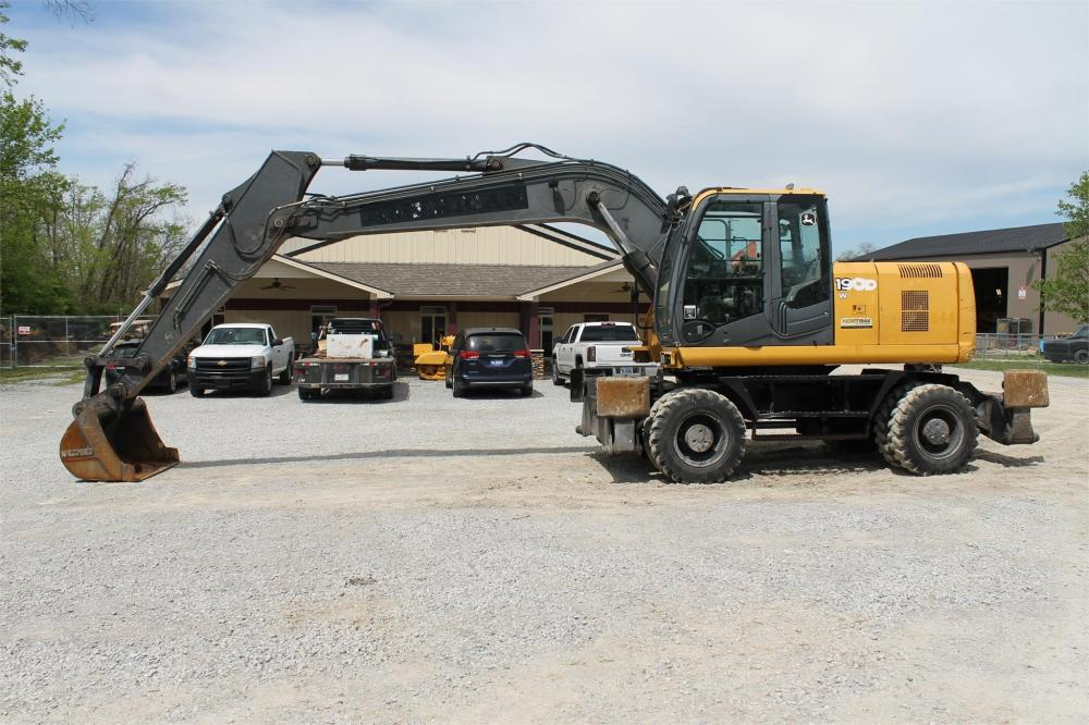 Detail photo of 2008 John Deere 190DW from Construction Equipment Guide