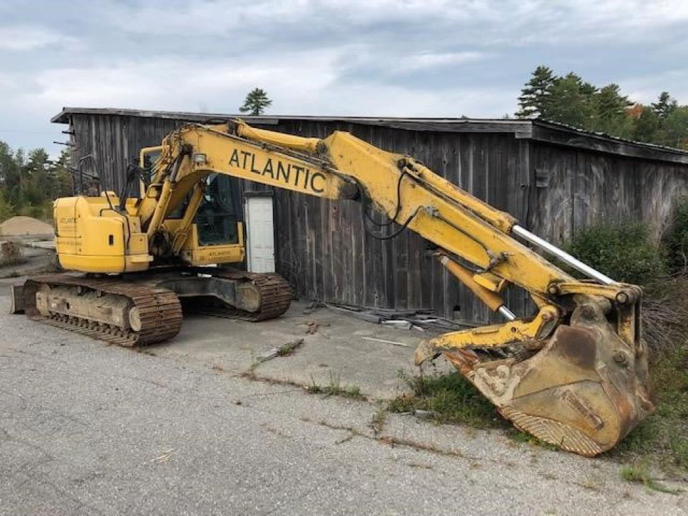 Detail photo of 2007 Komatsu PC138USLC-8 from Construction Equipment Guide