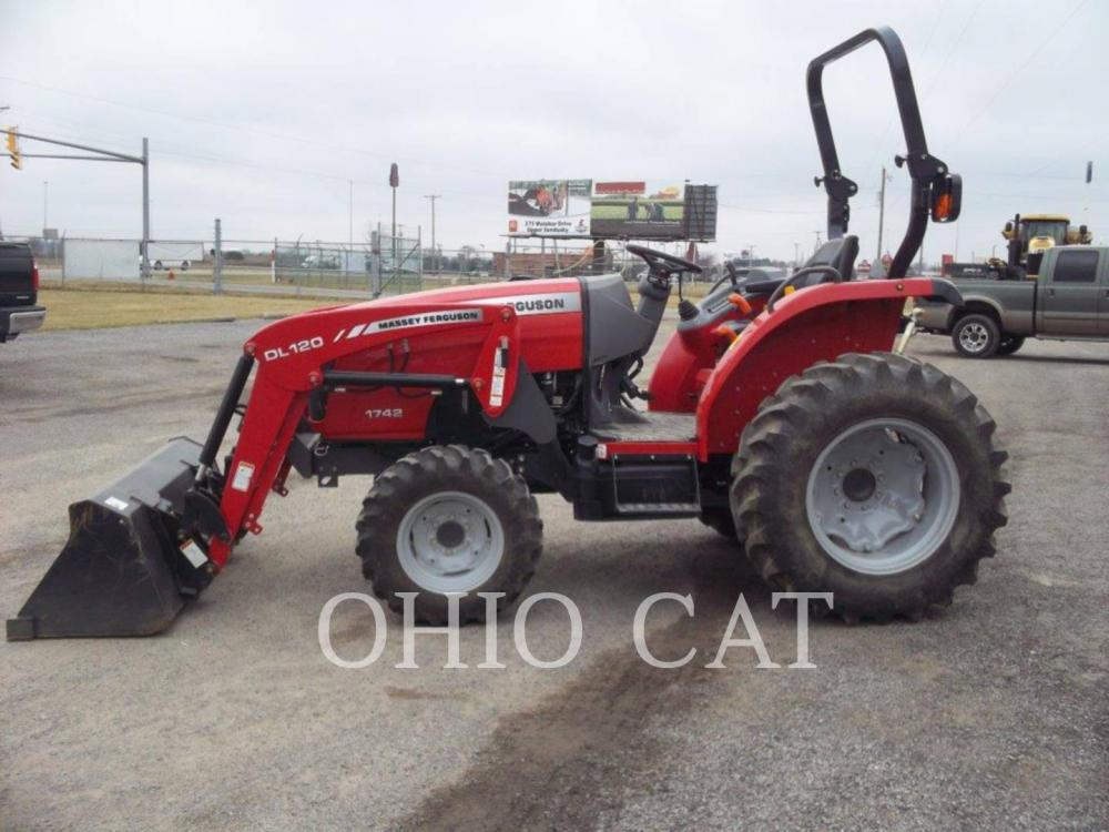 Detail photo of 2014 Massey Ferguson MF1742L from Construction Equipment Guide