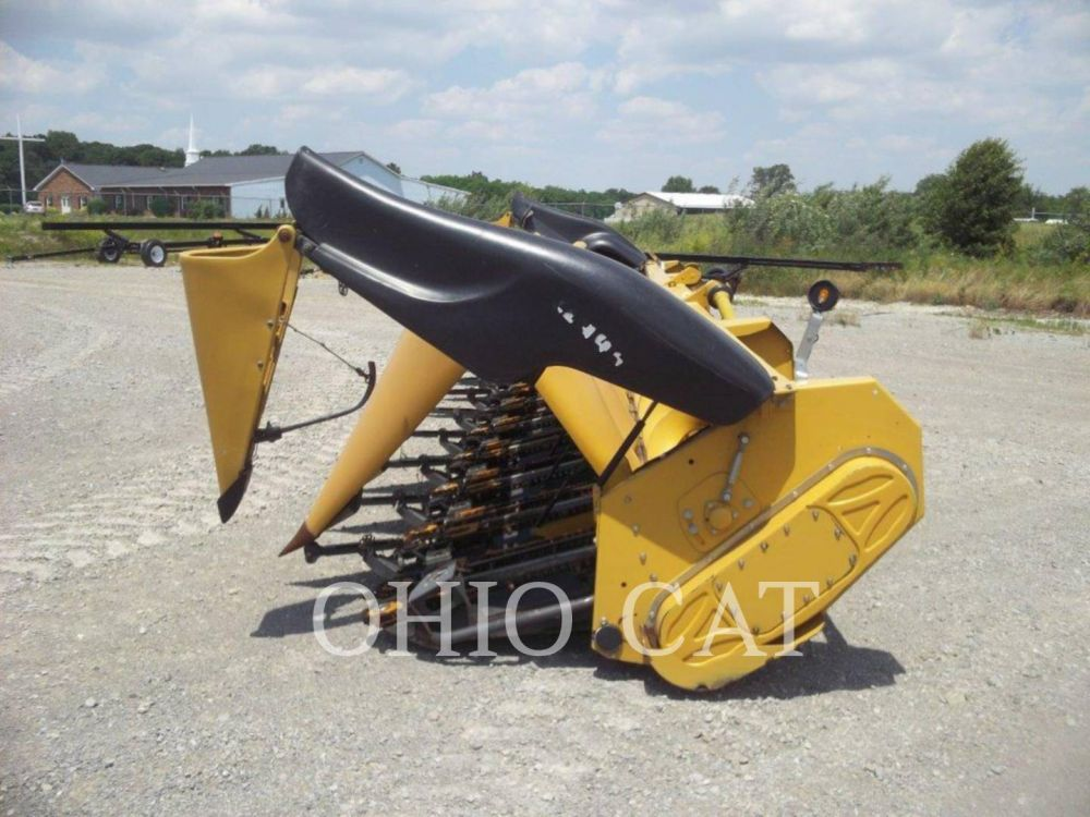 Detail photo of 2011 Claas LEXION C1230 from Construction Equipment Guide