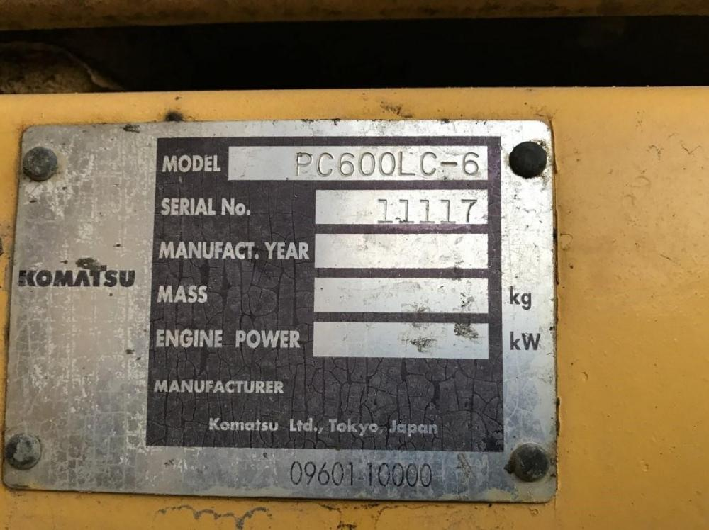 Detail photo of 2003 Komatsu PC600LC-6 from Construction Equipment Guide