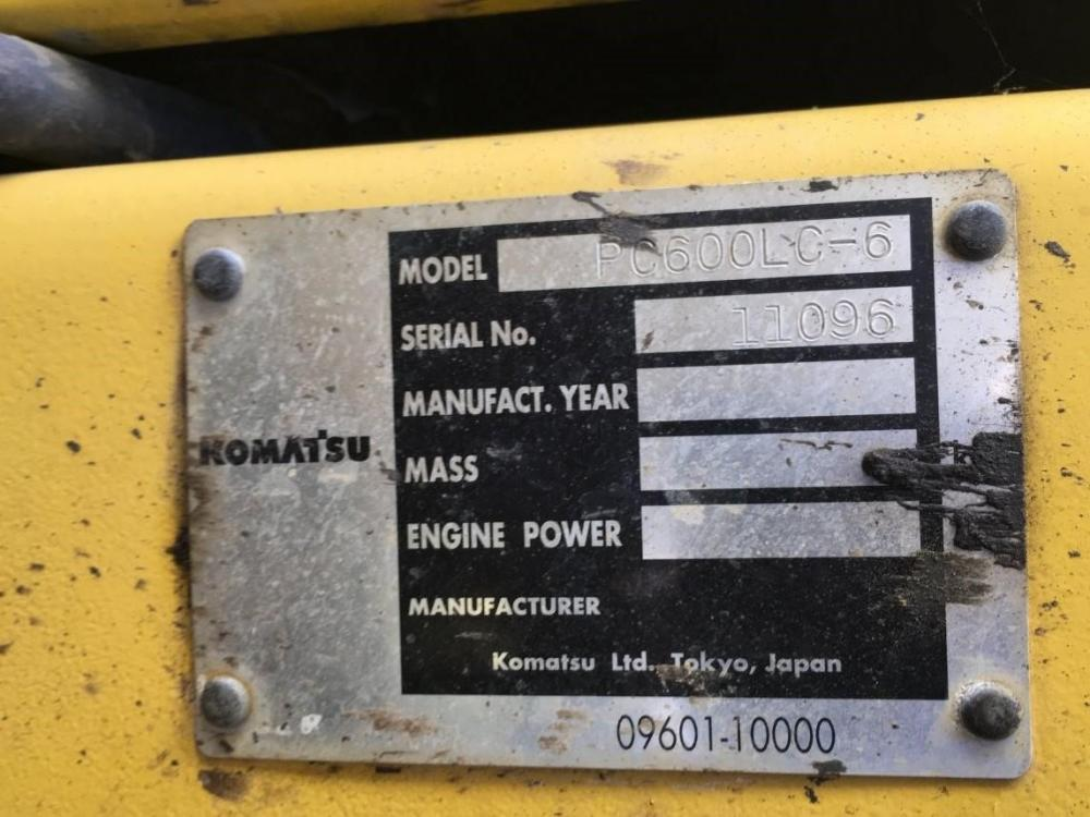 Detail photo of 2002 Komatsu PC600LC-6 from Construction Equipment Guide