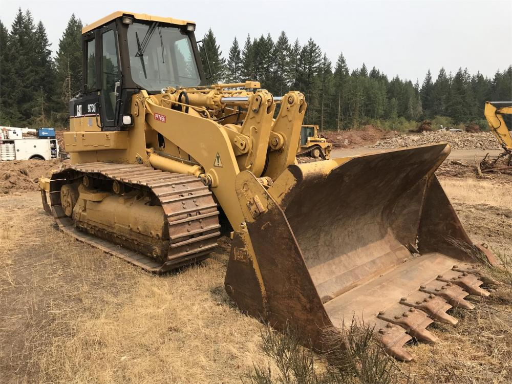 Detail photo of 2001 Caterpillar 973C from Construction Equipment Guide