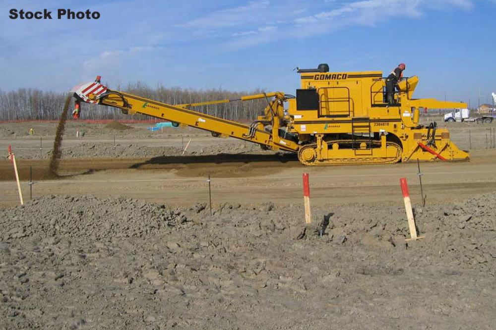 Detail photo of 1994 Gomaco 9000 from Construction Equipment Guide