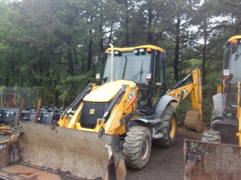 Detail photo of 2013 JCB 3CX 14 from Construction Equipment Guide