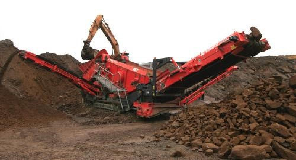 Detail photo of 2016 Terex Finlay 893 from Construction Equipment Guide