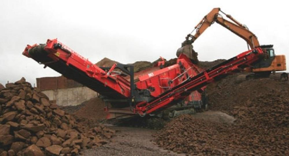 Detail photo of 2015 Terex Finlay 883+ from Construction Equipment Guide