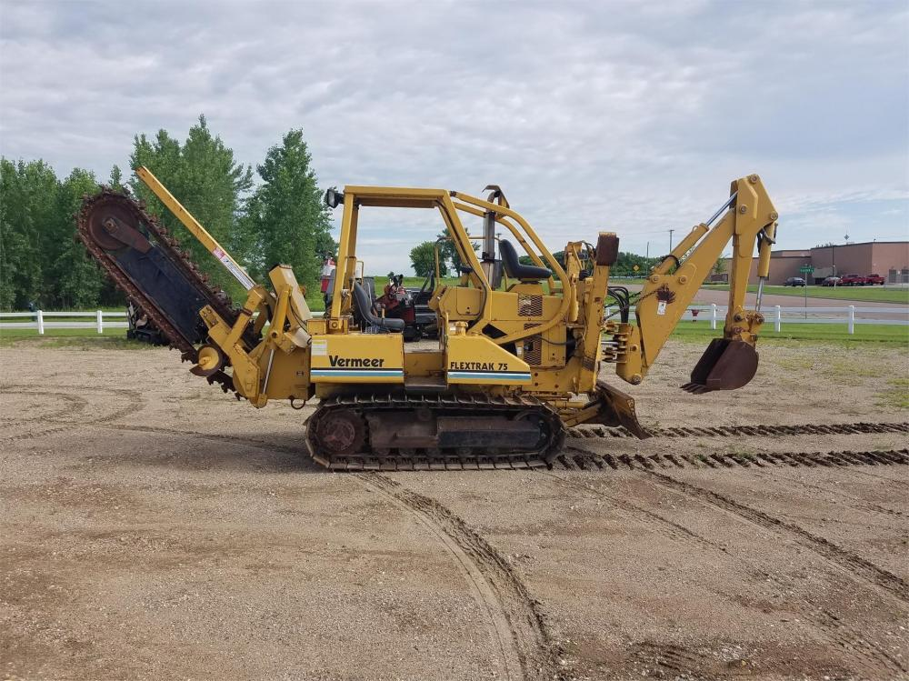 Detail photo of 2011 Vermeer RTX750 from Construction Equipment Guide