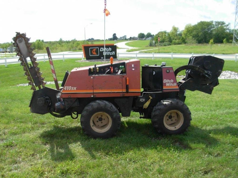 Detail photo of 2001 Ditch Witch 410SX from Construction Equipment Guide