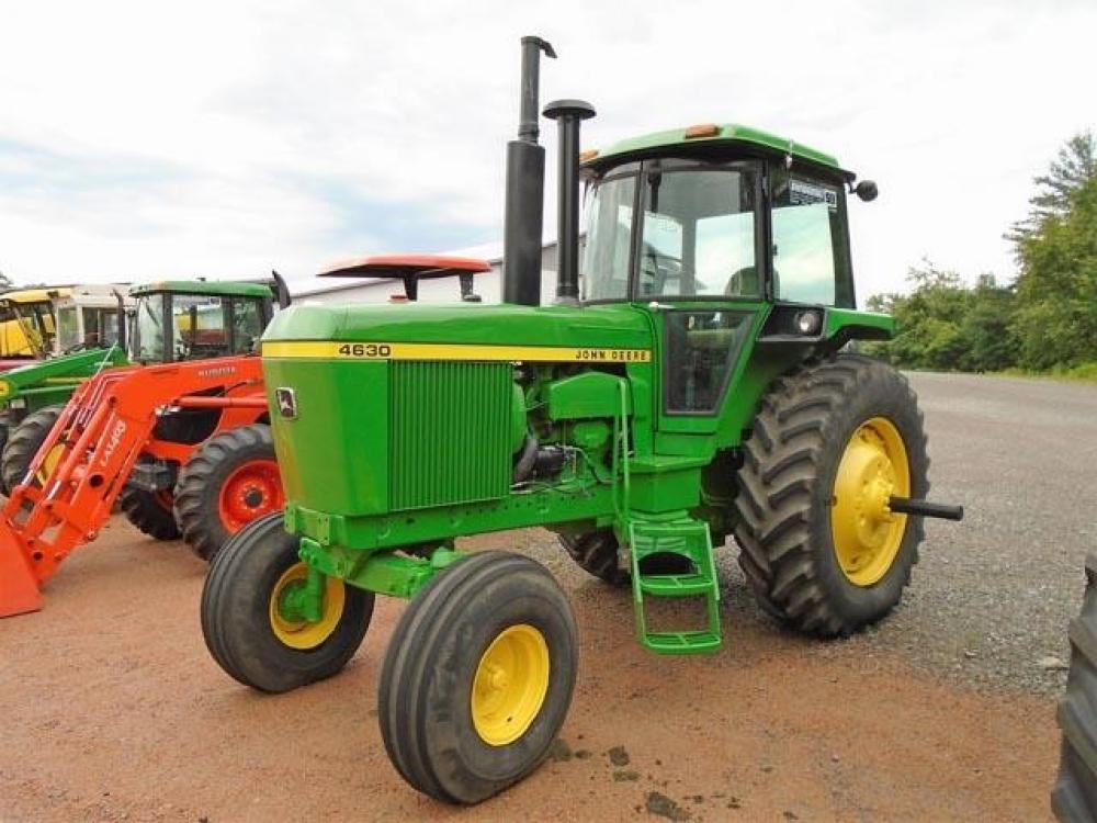 Detail photo of 1975 John Deere 4630 from Construction Equipment Guide