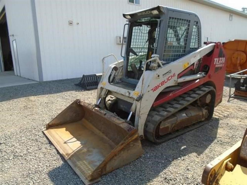 Detail photo of 2011 Takeuchi TL230 from Construction Equipment Guide