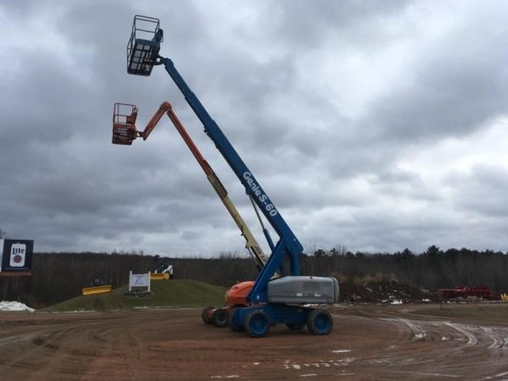 Detail photo of 2003 Genie S-60 from Construction Equipment Guide