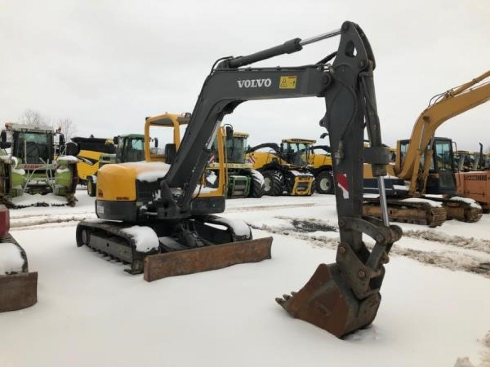 Detail photo of  Volvo ECR88 from Construction Equipment Guide