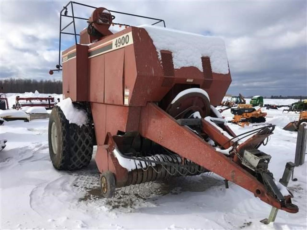 Detail photo of  Hesston 4900 from Construction Equipment Guide