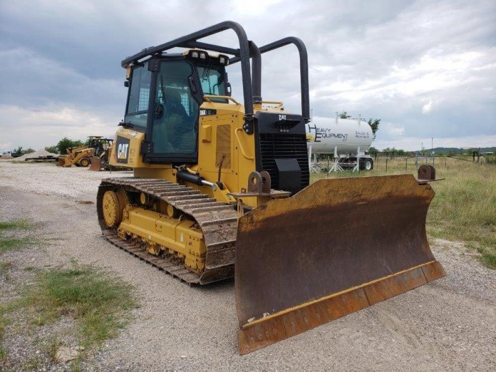 Detail photo of 2016 Caterpillar D6K2 XL from Construction Equipment Guide
