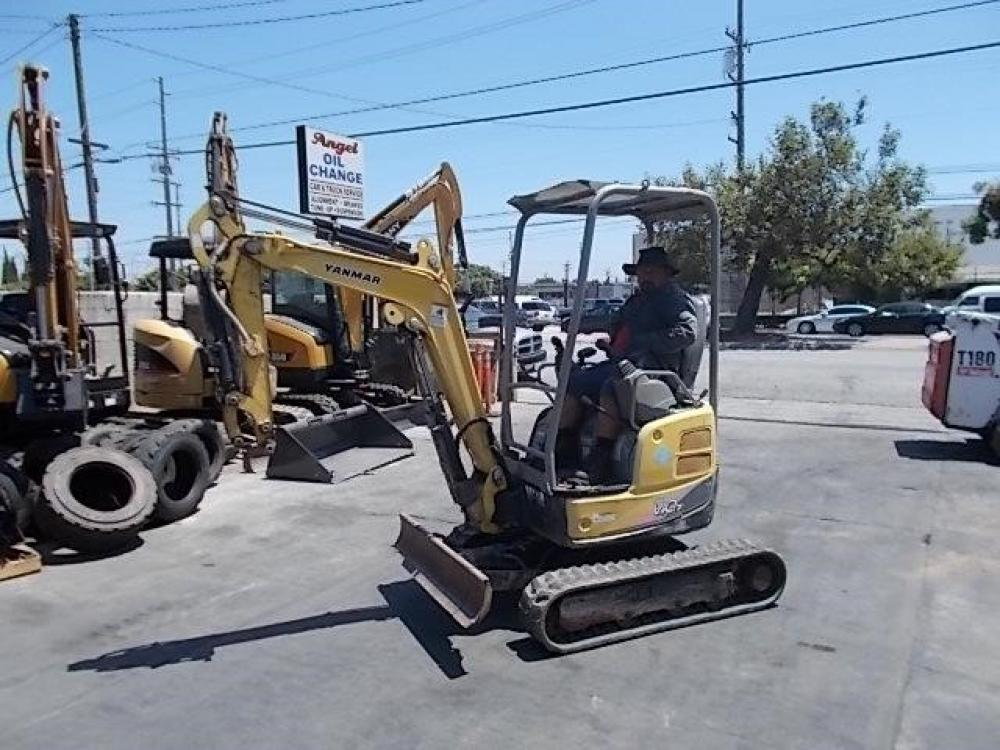 Detail photo of 2014 Yanmar VIO17 from Construction Equipment Guide