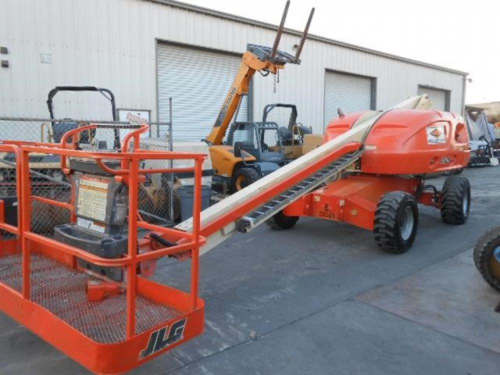 Detail photo of 2001 JLG 400S from Construction Equipment Guide