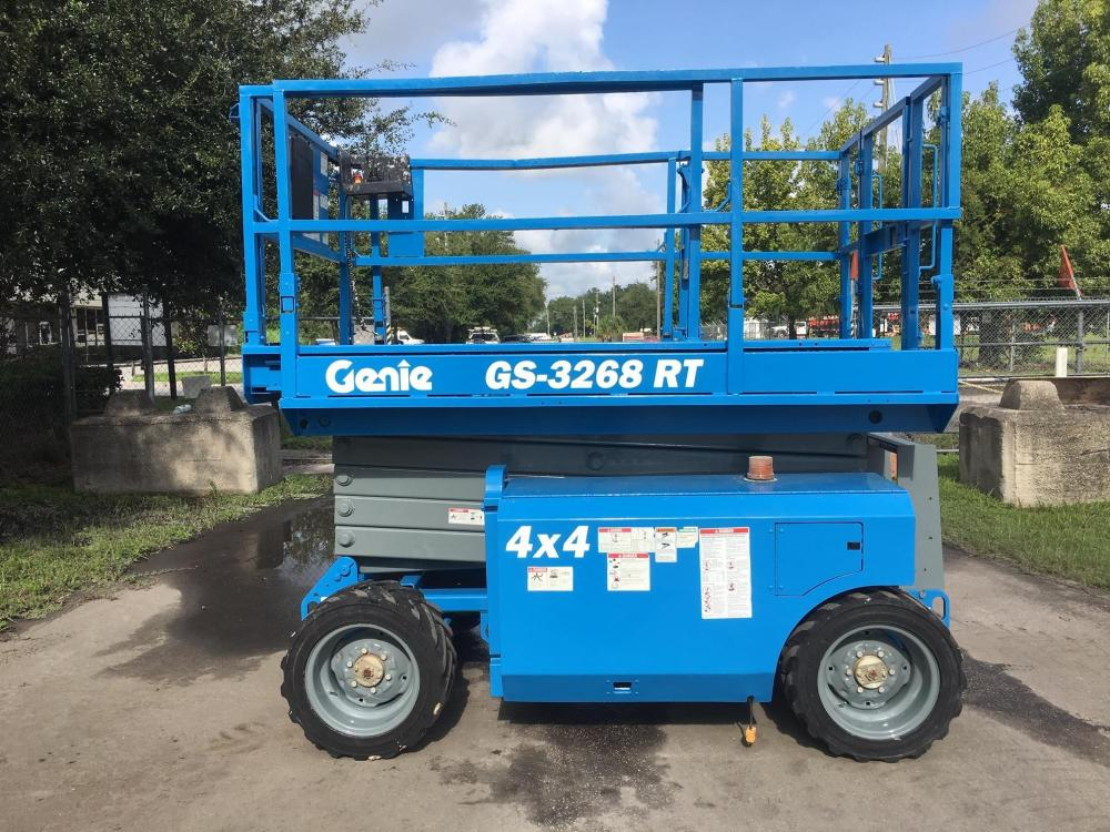 Detail photo of 2011 Genie GS-3268RT from Construction Equipment Guide