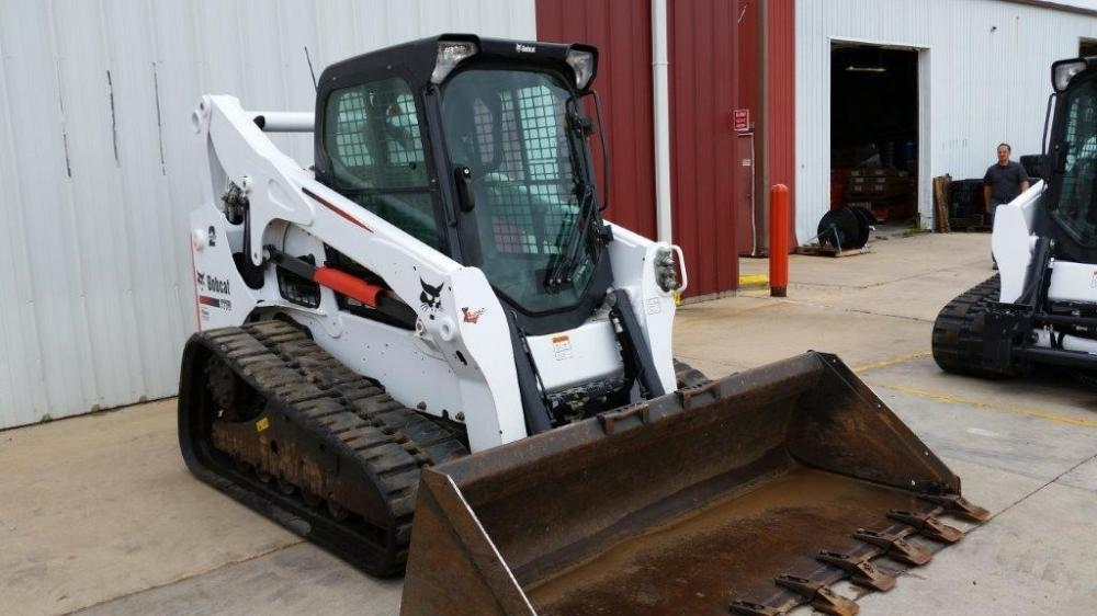 Detail photo of 2014 Bobcat T770 from Construction Equipment Guide