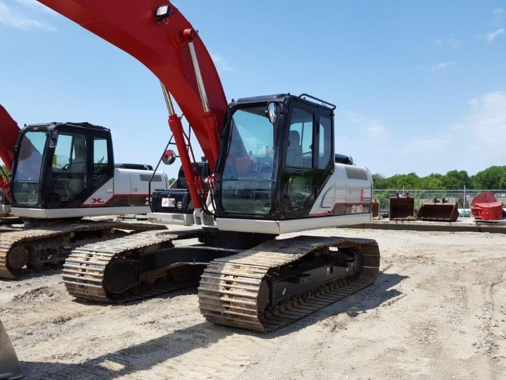 Detail photo of 2014 Link-Belt 210 X3 from Construction Equipment Guide