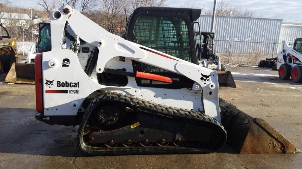 Detail photo of 2013 Bobcat T770 from Construction Equipment Guide