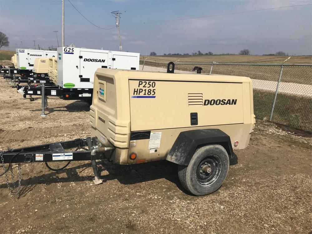 Detail photo of 2016 Doosan Portable Power P250/HP185WDZ-T4F from Construction Equipment Guide