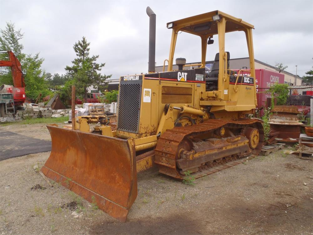 Detail photo of 2001 Caterpillar D3C XL HST III from Construction Equipment Guide