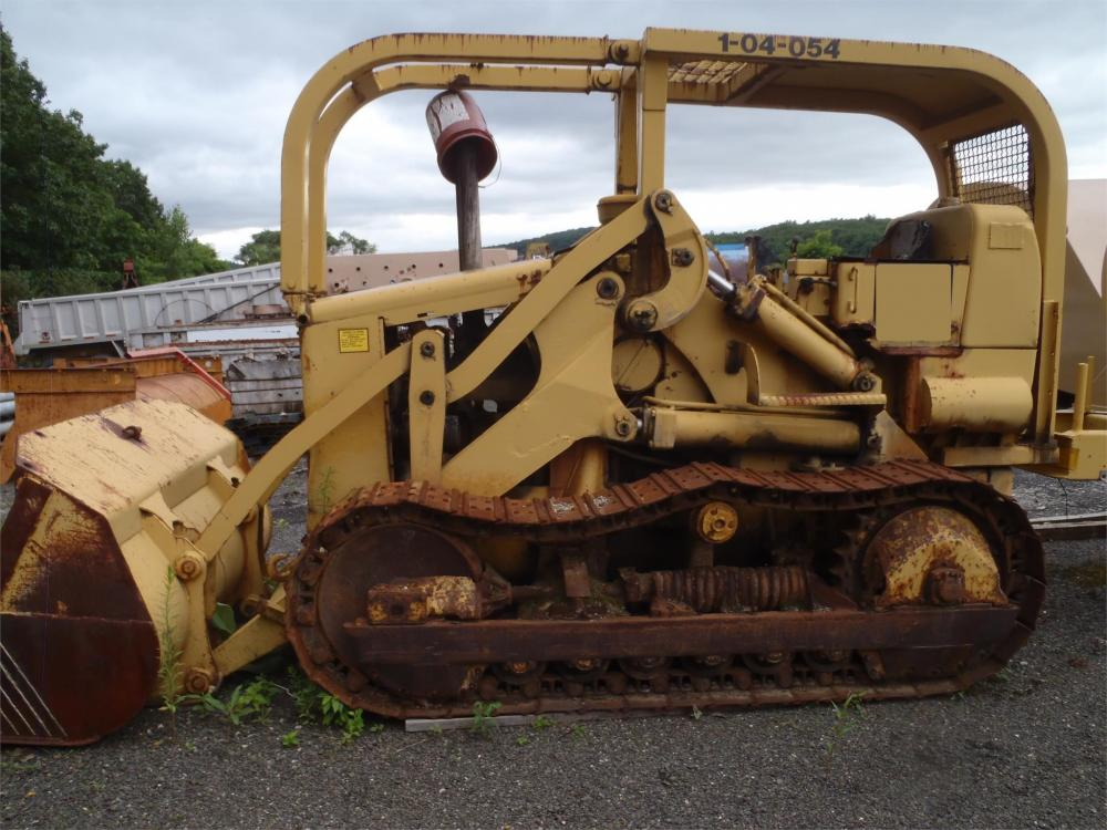 Detail photo of  Caterpillar 955H from Construction Equipment Guide