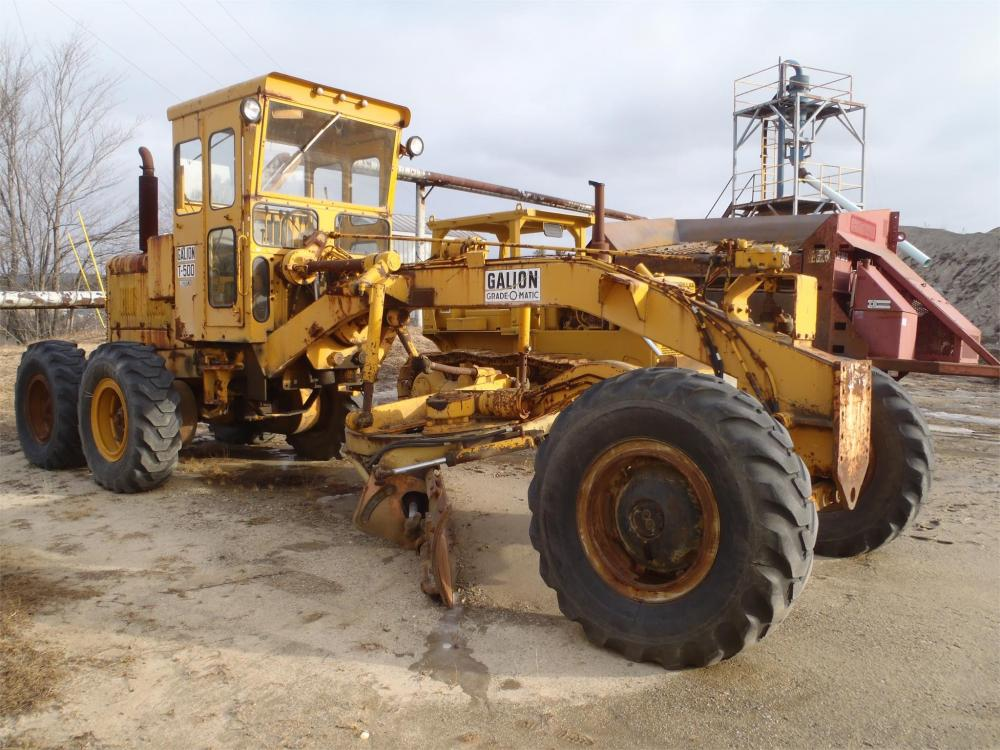 Detail photo of  Galion T500A from Construction Equipment Guide