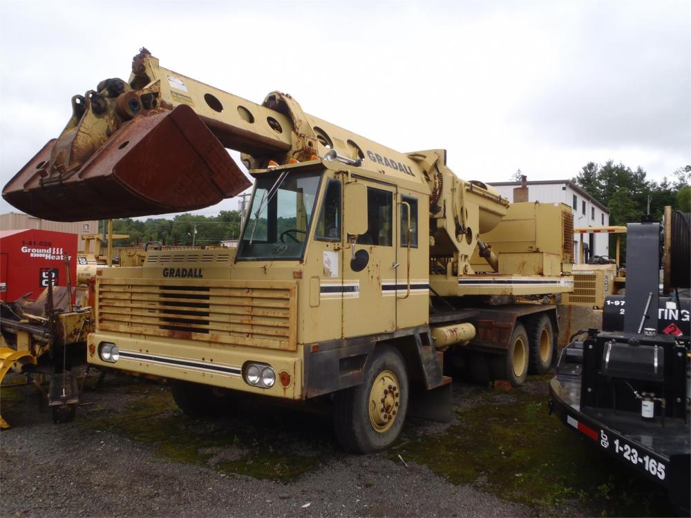 Detail photo of 1988 Gradall G880C from Construction Equipment Guide