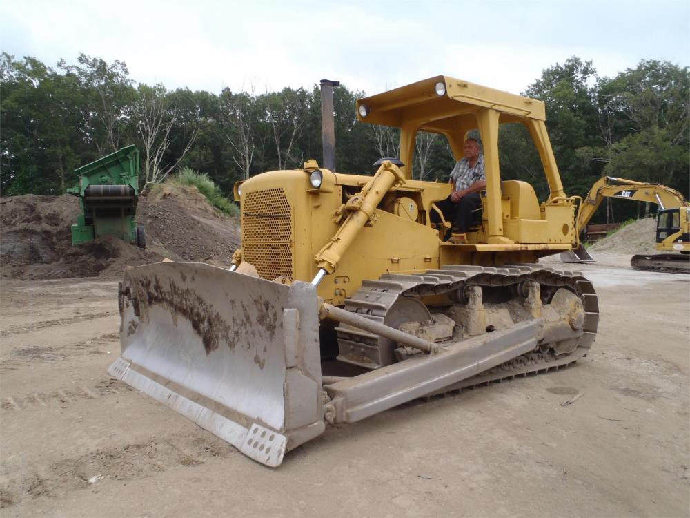 Detail photo of  Caterpillar D7G from Construction Equipment Guide