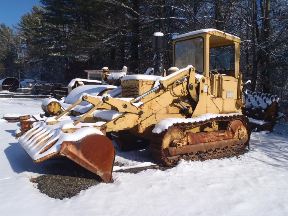 Detail photo of  Caterpillar 941 from Construction Equipment Guide