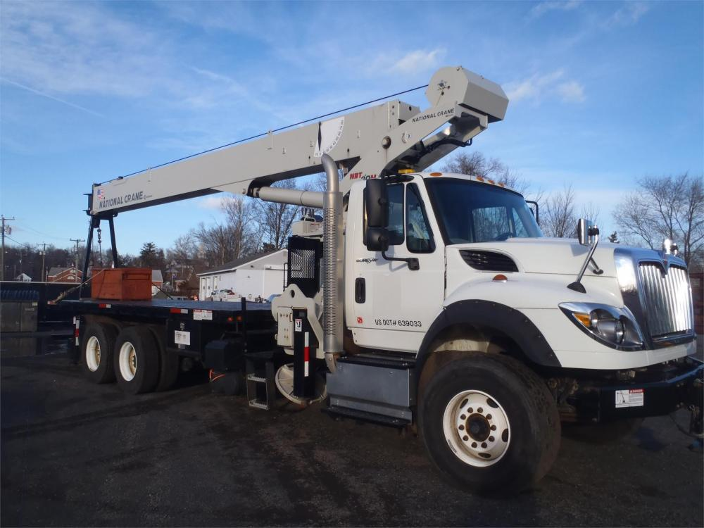 Detail photo of 2013 National NBT30H from Construction Equipment Guide