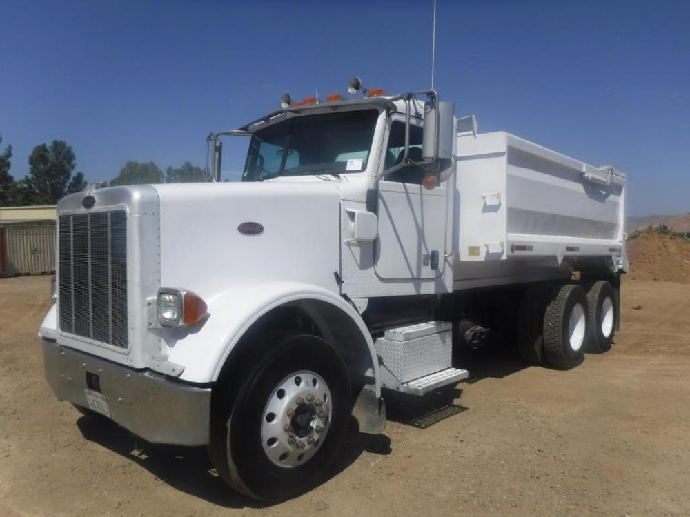 Detail photo of 2007 Peterbilt 378 from Construction Equipment Guide