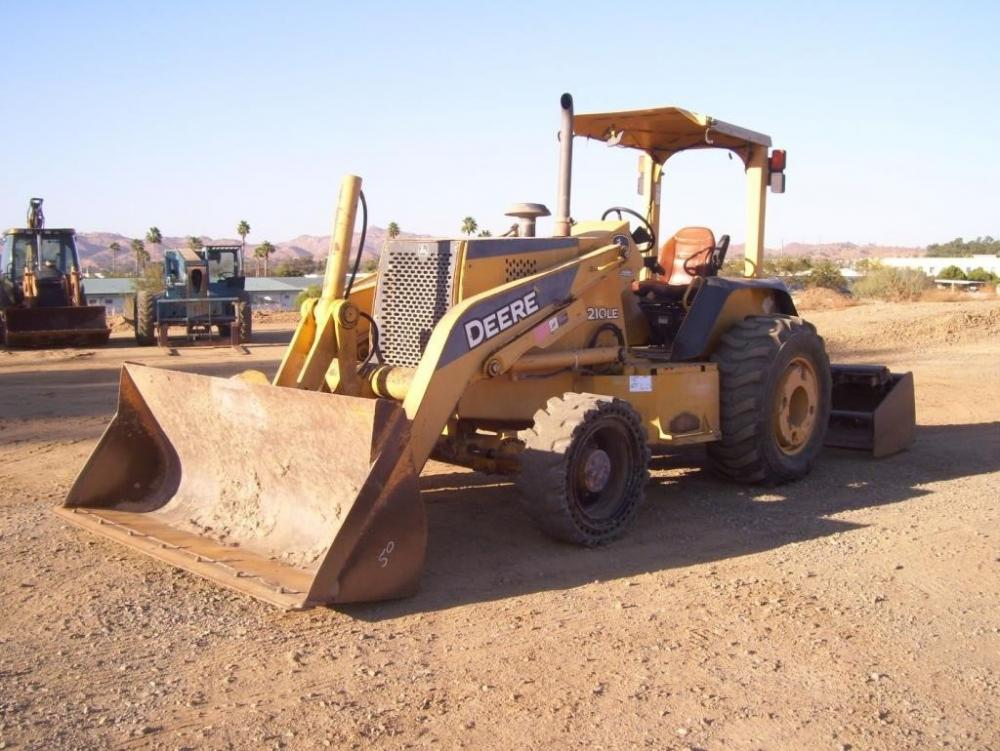 Detail photo of 2006 John Deere 210LE from Construction Equipment Guide