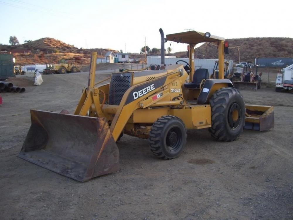 Detail photo of 2005 John Deere 210LE from Construction Equipment Guide