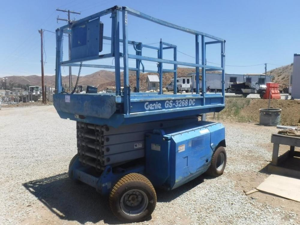 Detail photo of 2002 Genie GS-3268DC from Construction Equipment Guide
