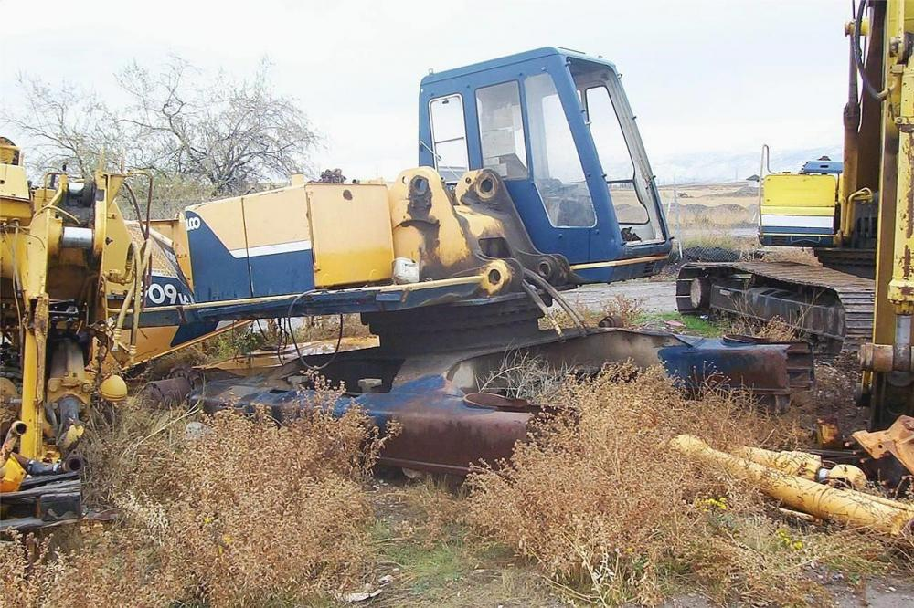 Detail photo of  Kobelco K909 LC II from Construction Equipment Guide