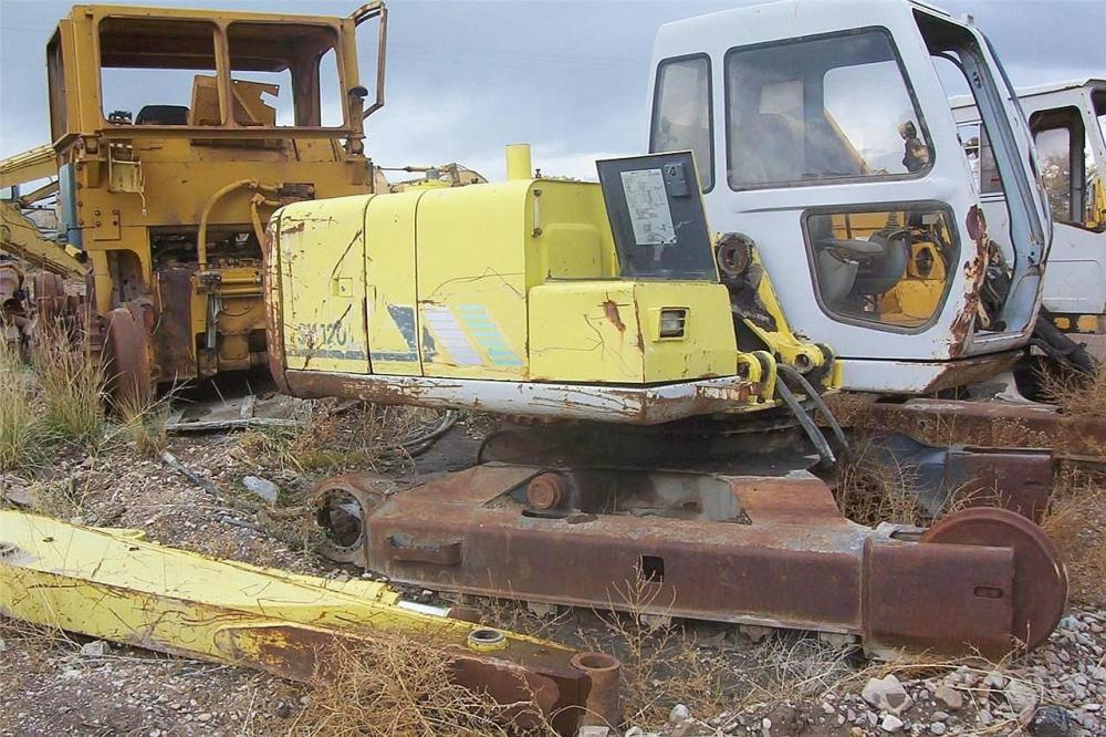Detail photo of  Sumitomo SH120 from Construction Equipment Guide