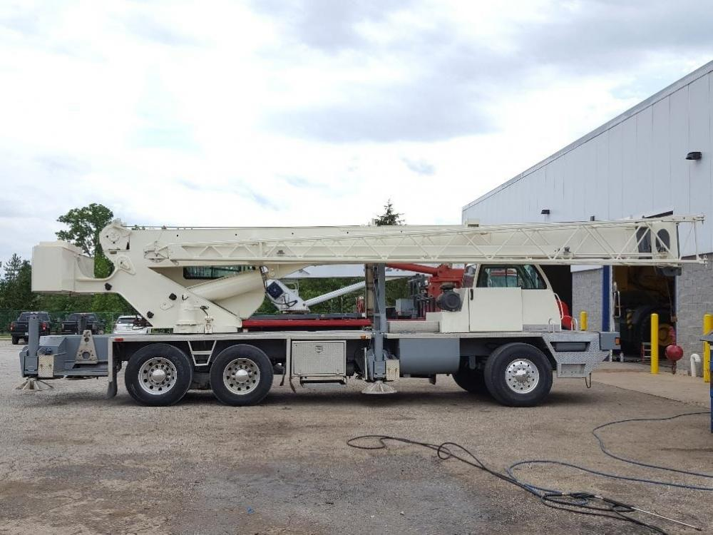 Detail photo of 2007 Terex T 340-1XL from Construction Equipment Guide