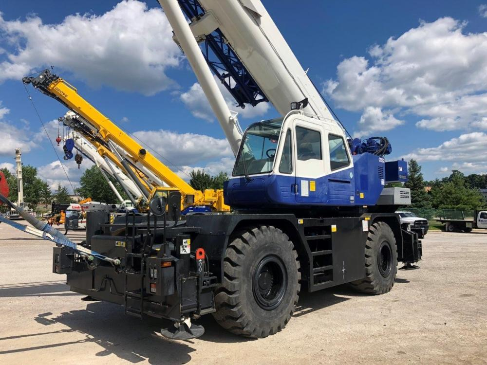 Detail photo of 2014 Tadano GR-550XL from Construction Equipment Guide