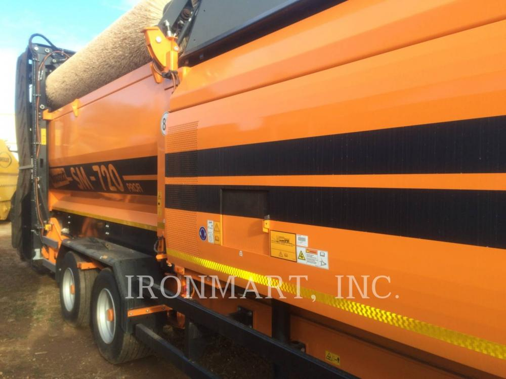 Detail photo of 2014 Doppstadt SM 720 from Construction Equipment Guide