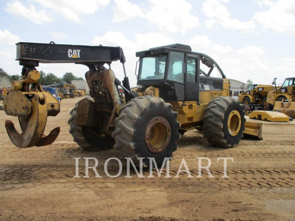 Detail photo of 2011 Caterpillar 535C from Construction Equipment Guide