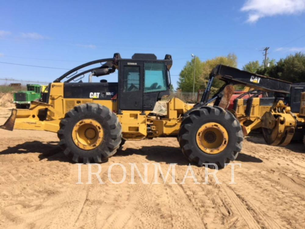 Detail photo of 2013 Caterpillar 525C from Construction Equipment Guide