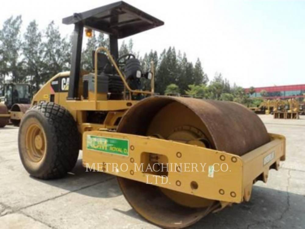 Detail photo of 2011 Caterpillar CS533E from Construction Equipment Guide