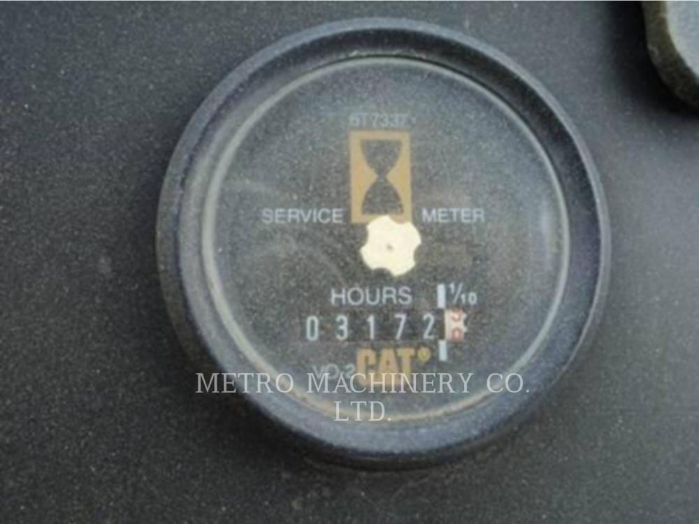 Detail photo of 1998 Caterpillar CS563C from Construction Equipment Guide