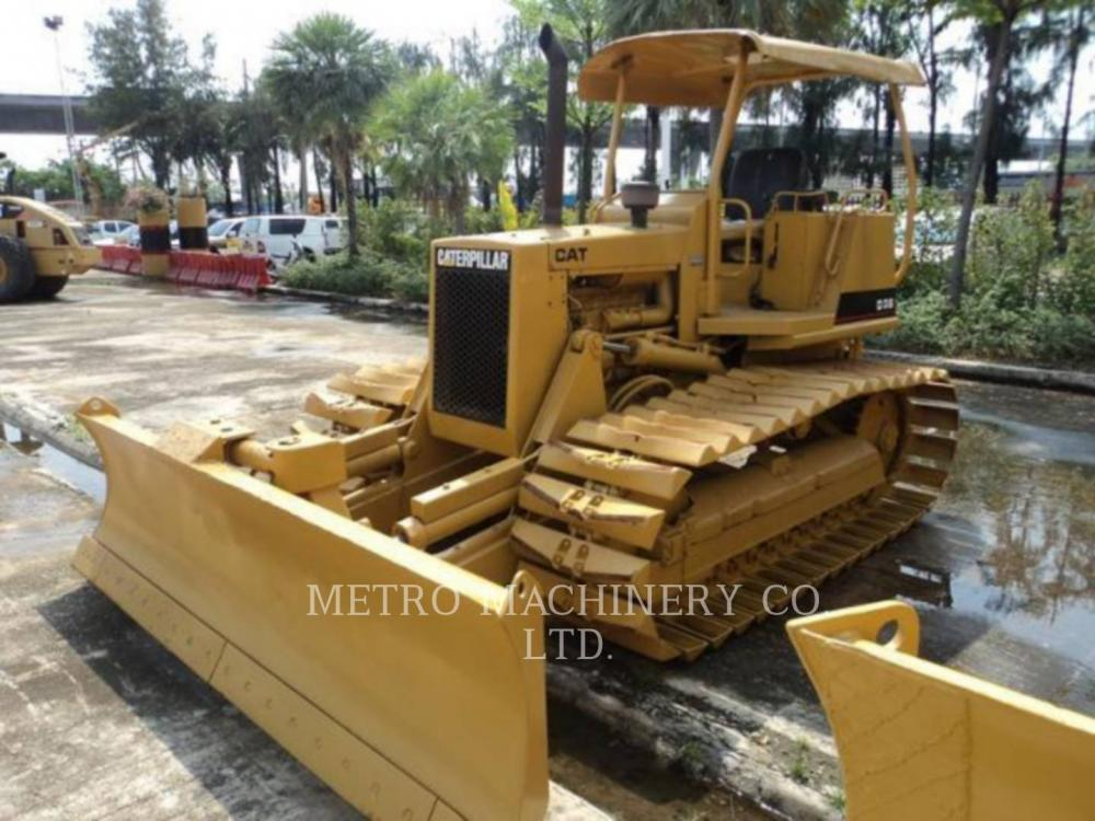 Detail photo of 1987 Caterpillar D3B LGP from Construction Equipment Guide