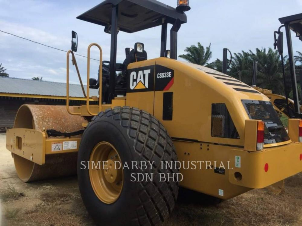 Detail photo of 2016 Caterpillar CP533E from Construction Equipment Guide
