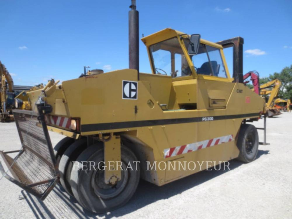 Detail photo of 1993 Caterpillar PS300 from Construction Equipment Guide